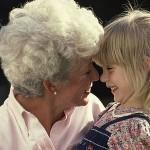 Бабата – незаменима в едно семейство!