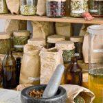 Приготвяне на лекарства от лечебни растения в домашни условия